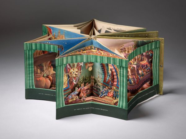 """Bewegliche Bücher wie dieses (Robert Sabuda: """"Encyclopaedia Praehistorica – Dinosaurier"""", Hamburg 2007) sind eine vielseitige Medienform. Foto: Punctum/Bertram Kober"""