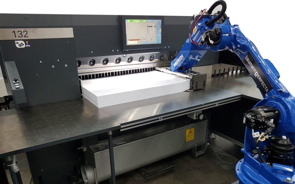 """Neues Roboter-Schneidsystem """"BASS"""". Foto: baumannperfecta"""