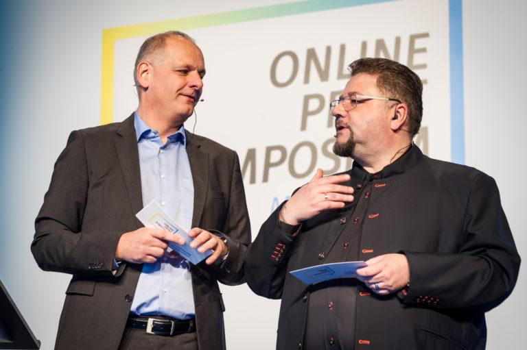 Moderatoren (v.l.) Jens Meyer (Print-X-Media Süd) und Bernd Zipper (Zipcon Consulting). Foto: OPS/Nadja von Prümmer