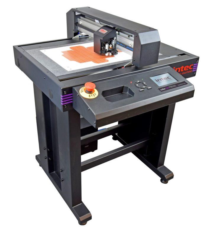 Einstiegsmodell FB 550 für digitales Bogenschneiden. Foto: Intec